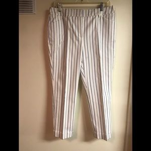CHICO'S NWOT WHITE WITH BLUE STRIPE CAPRIS